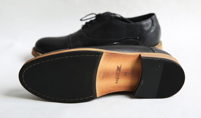 Làm cách nào để nhận biết giày da nam thật giả - 2