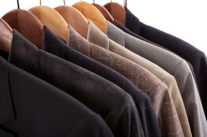 Hướng dẫn cách bảo quản áo vest nam không bị nhăn và phai màu - 4