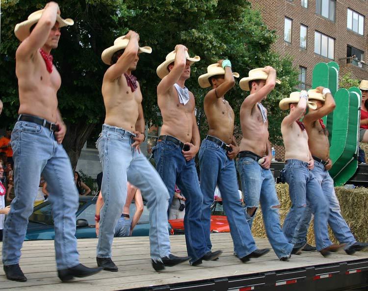Bí quyết chọn quần jean nam dành cho phái mạnh - 7