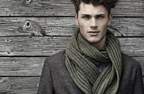 Tổng hợp những cách quàng khăn nam tính chuẩn men - 5
