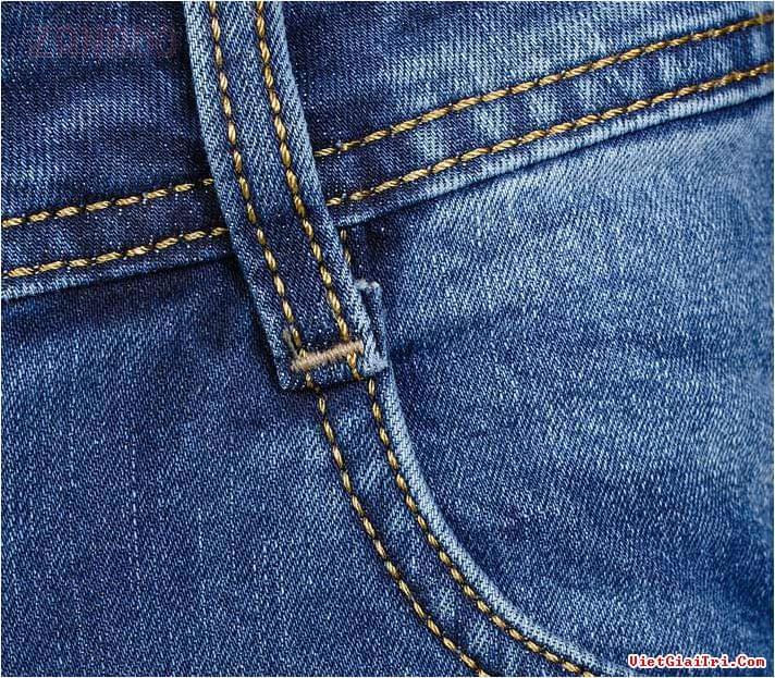 Cách giặt quần jean nam không bi phai màu - 1