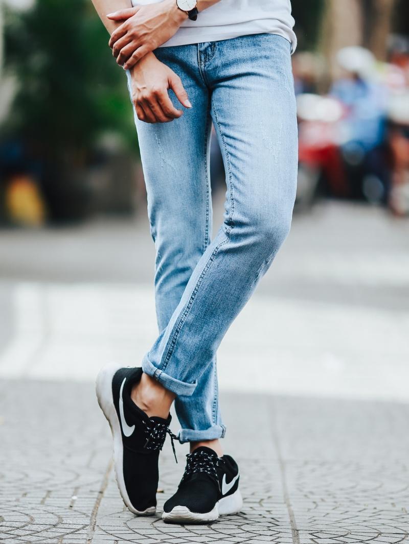 Những mẫu quần jean nam đẹp nhất hiện nay tại 4men - 3