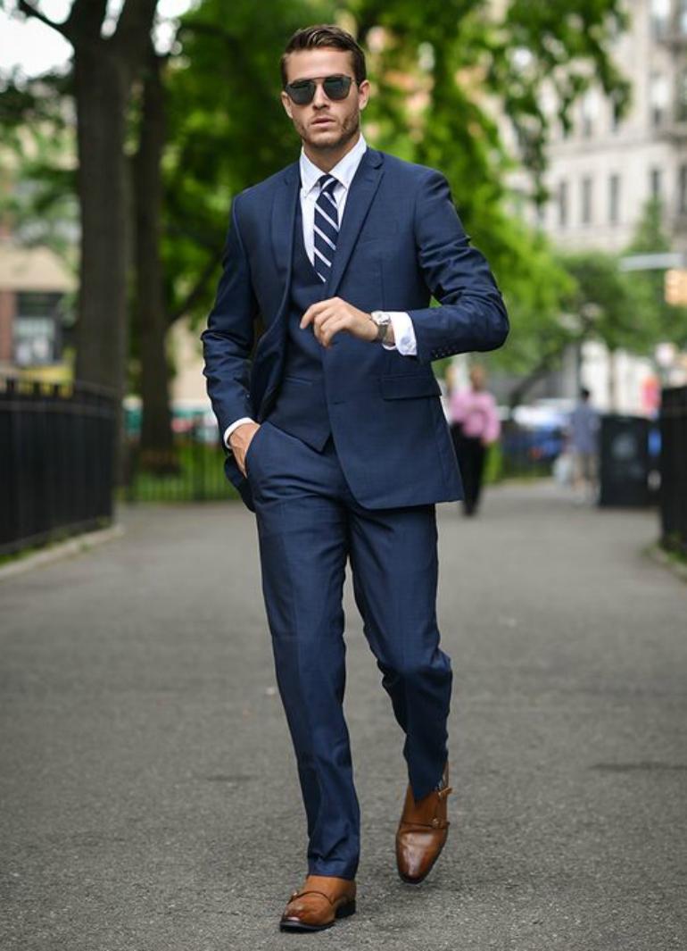 Cách mix đồ nam với vest xanh đen và xanh đậm - 4