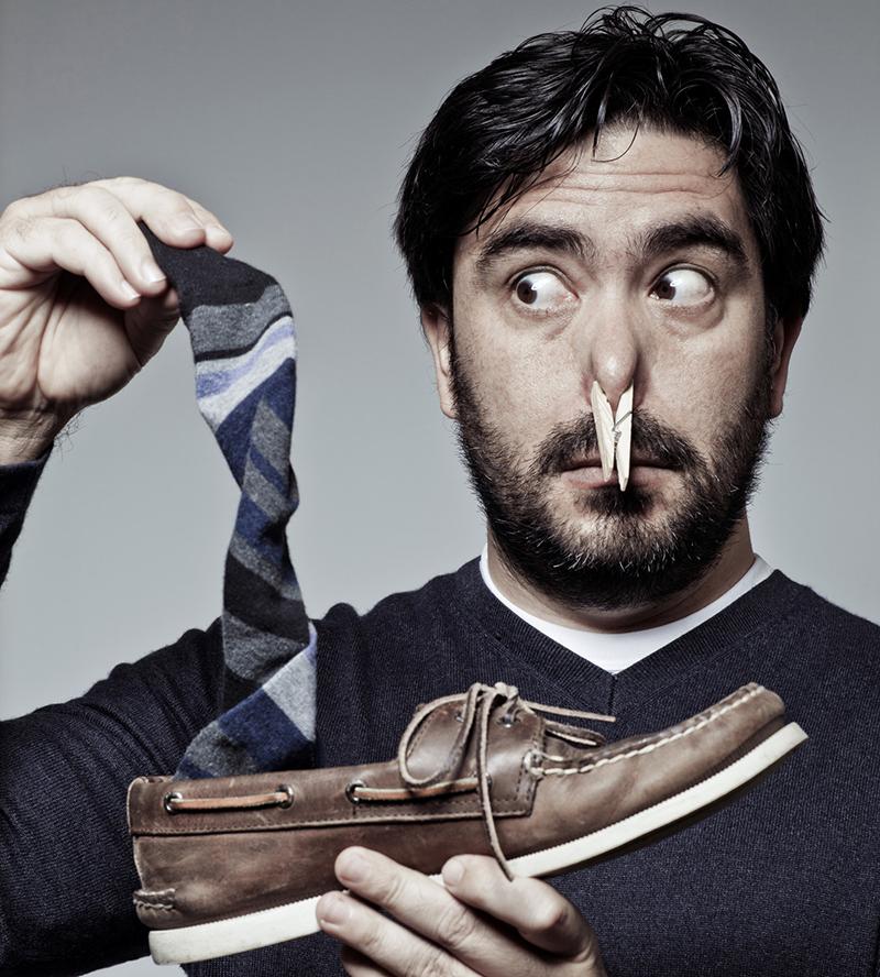 Vì sao phái mạnh nên mang vớ khi đi giày - 1