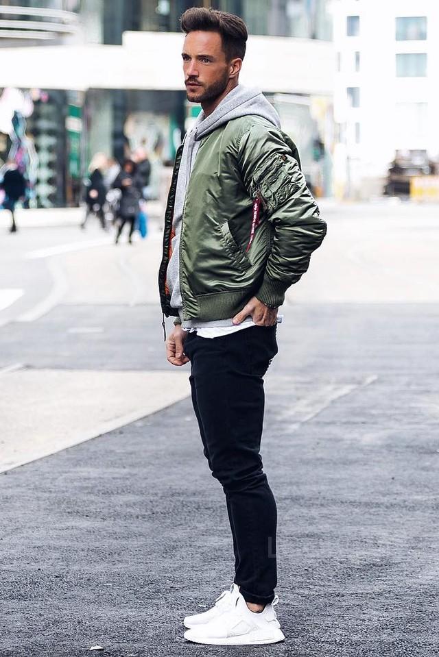 Cách phối đồ hoodie nam cực chuẩn men - 3
