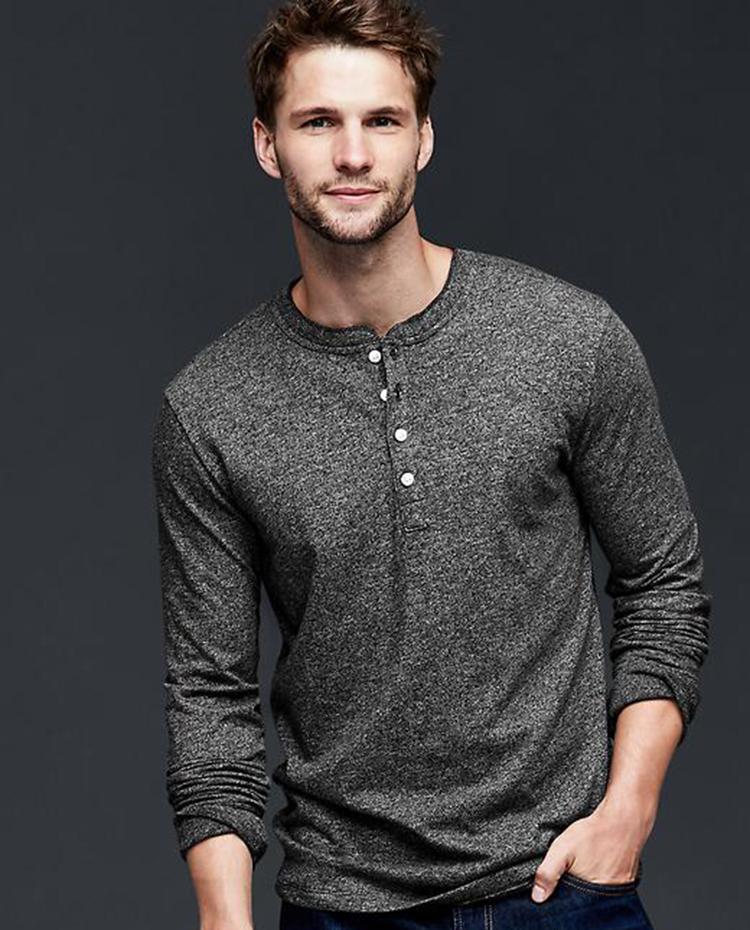 Những mẫu áo thun nam giới có thể mặc đi làm - 2