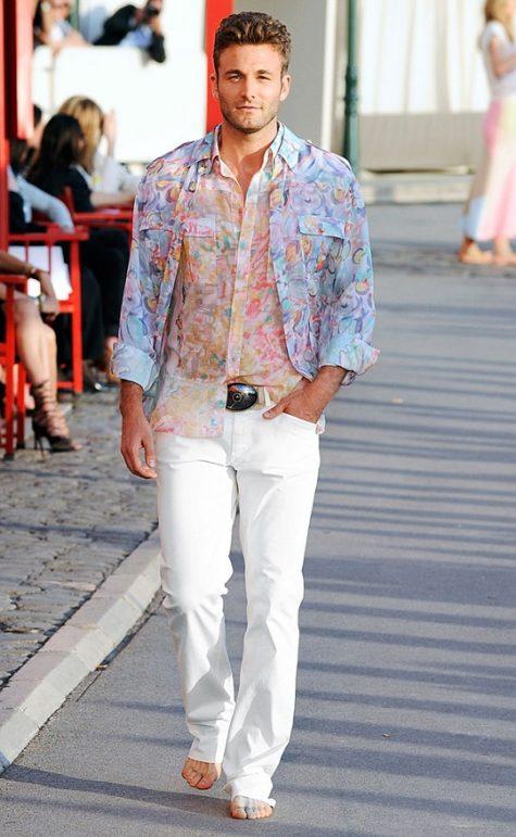 Cách phối đồ với quẩn jean nam trắng trong mùa hè - 4