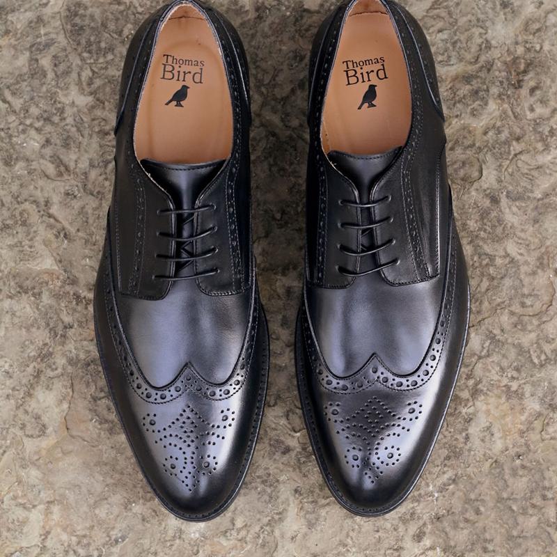 Học cách diện giày nam Brogue của người Anh