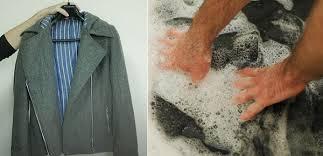 Mẹo giặt áo khoác nam bằng tay và máy giặt đúng cách