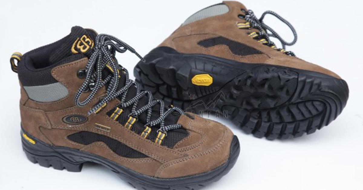 Những giày nam dành cho dân đi bộ du lịch