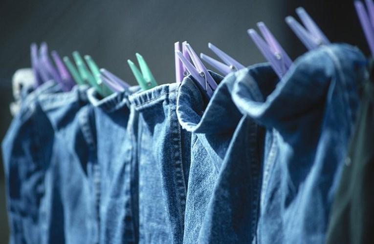 Hướng dẫn cách giặt đồ denim đúng cách dành cho các chàng trai