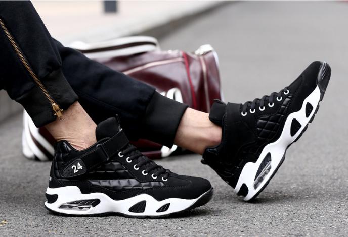 Những mẫu giày thể thao nam được ưa chuộng nhất hiện nay