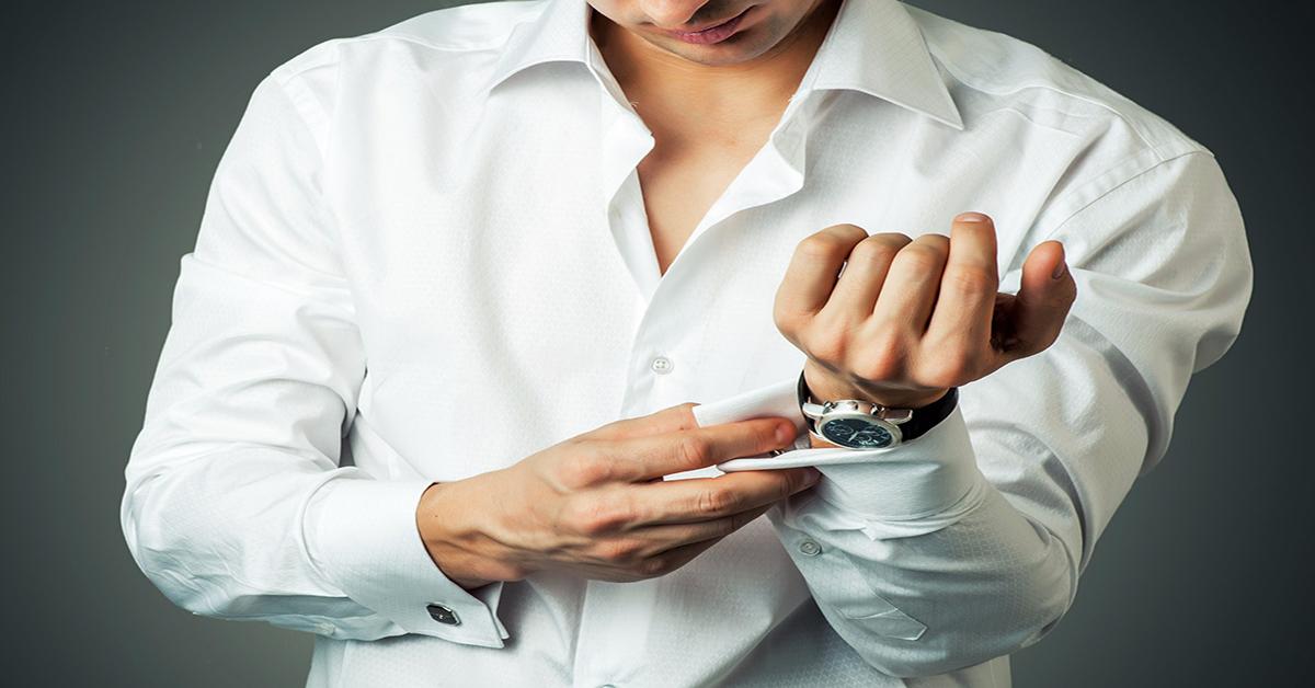 Những cách xắn tay áo sơ mi đẹp cho nam giới