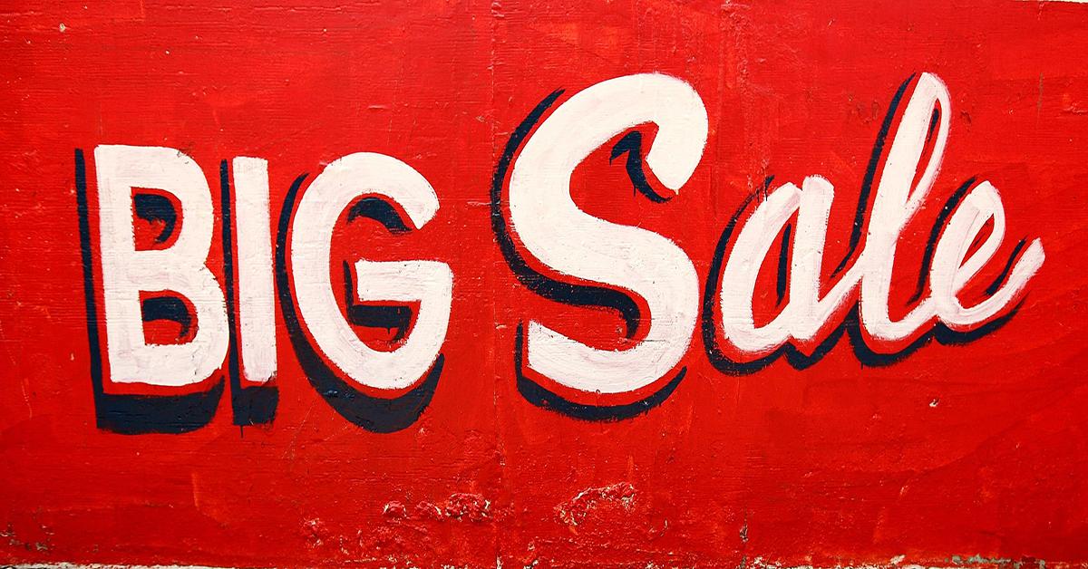 4MEN Sale hơn 5000 sơ mi, 3000 áo thun, 2000 quần tây và 500 áo khoác nam