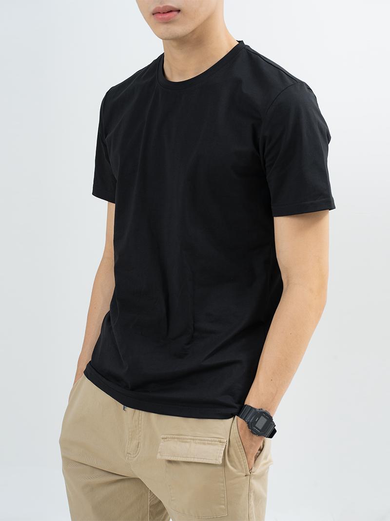 Áo Thun Trơn Căn Bản Form Slimfit AT018 Màu Đen