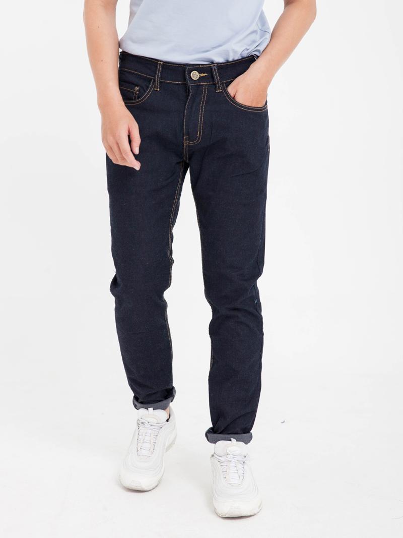 quan jeans skinny xanh den qj1609