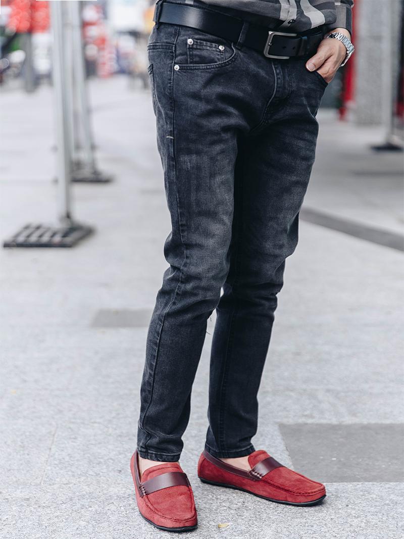 quan jeans ong dung den qj1618