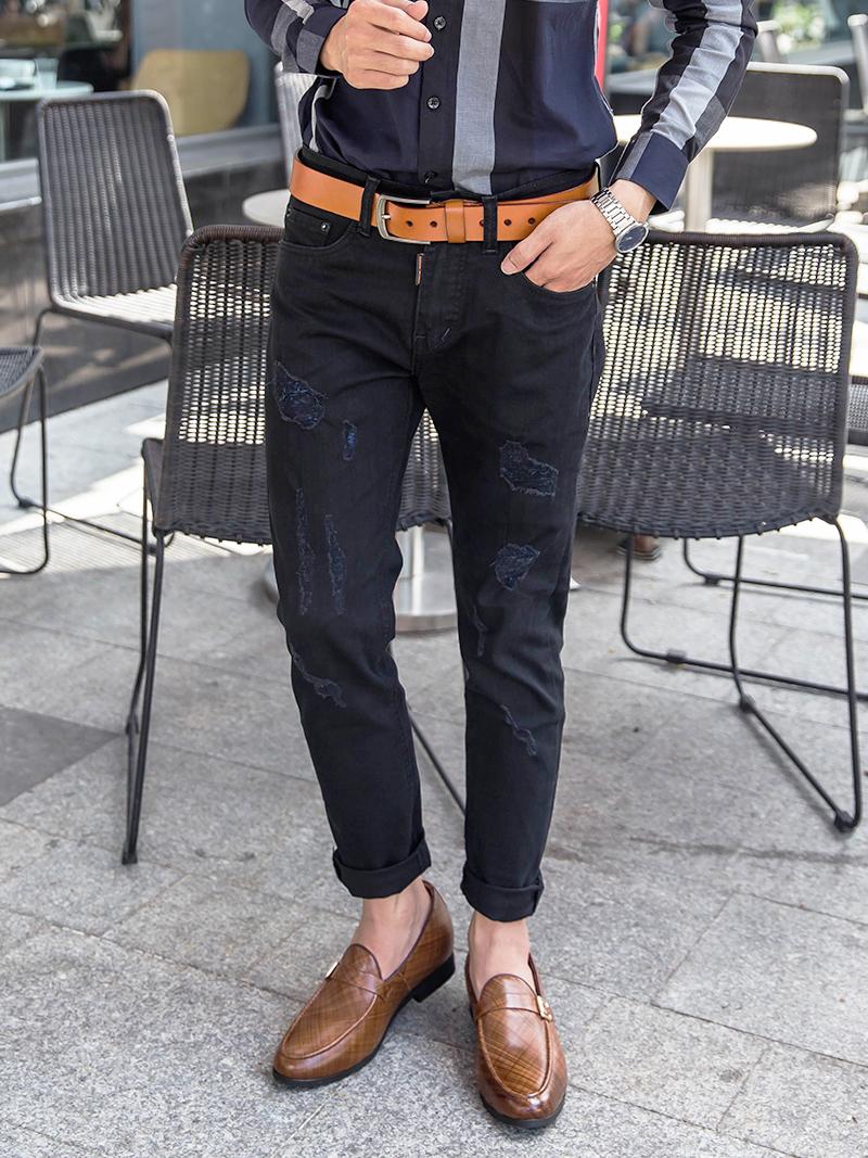 quan jeans rach den qj1614